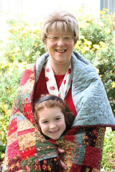 Oct 8 2008 Mums Quilt012