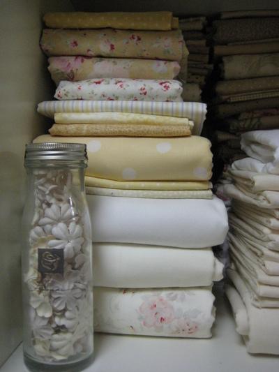 March_2008_a_clean_studio007