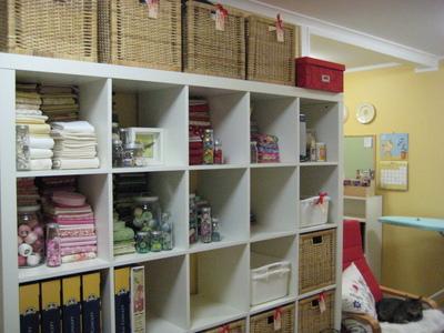 March_2008_a_clean_studio020