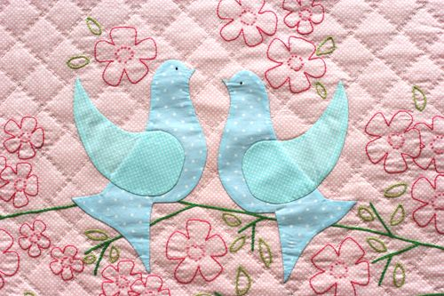 Birds of Happiness Wall Quilt - Picture 2
